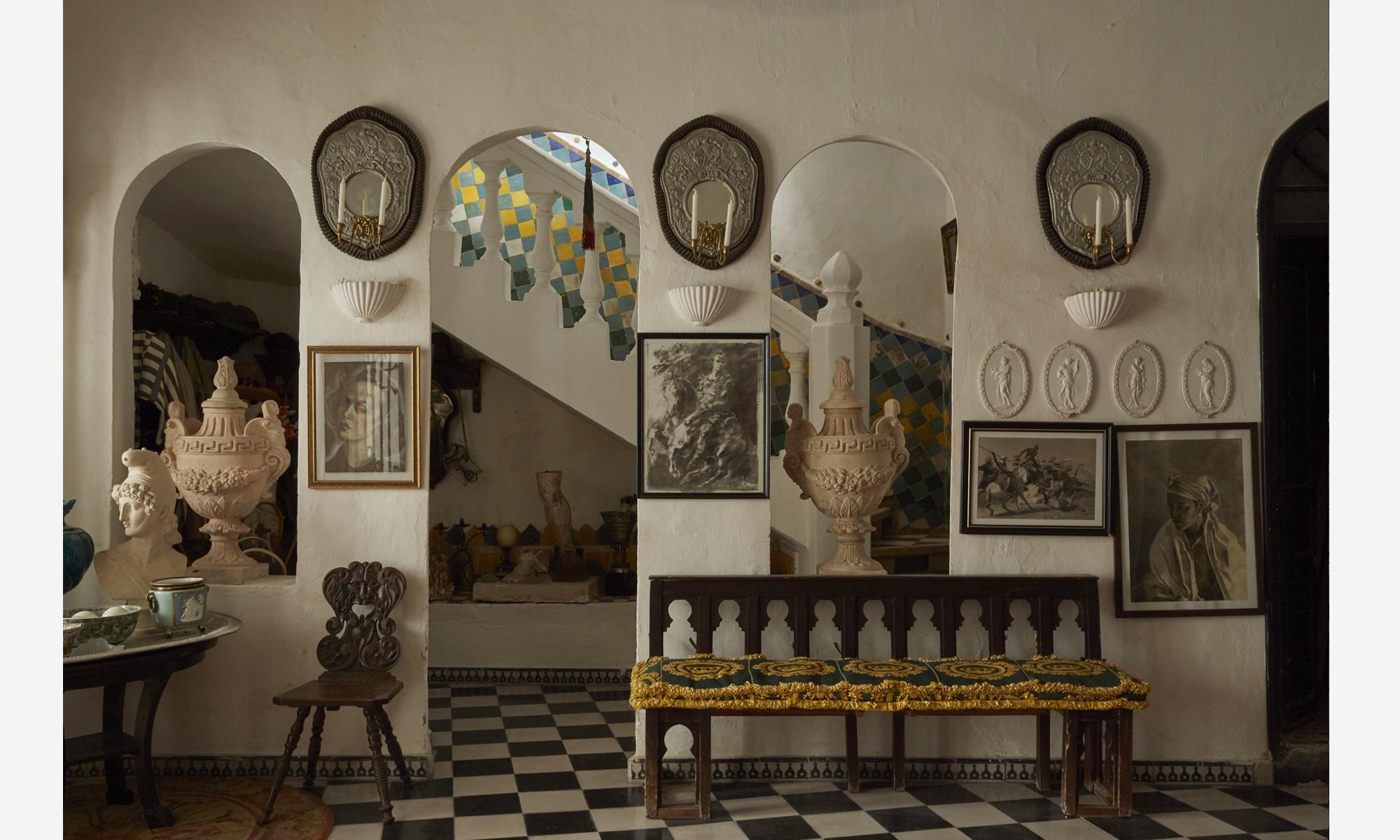 Guido Taroni: Inside Tanger