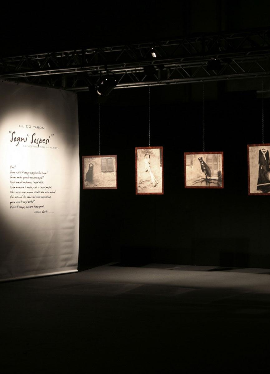 Guido Taroni - Exhibitions: Sogni Sospesi
